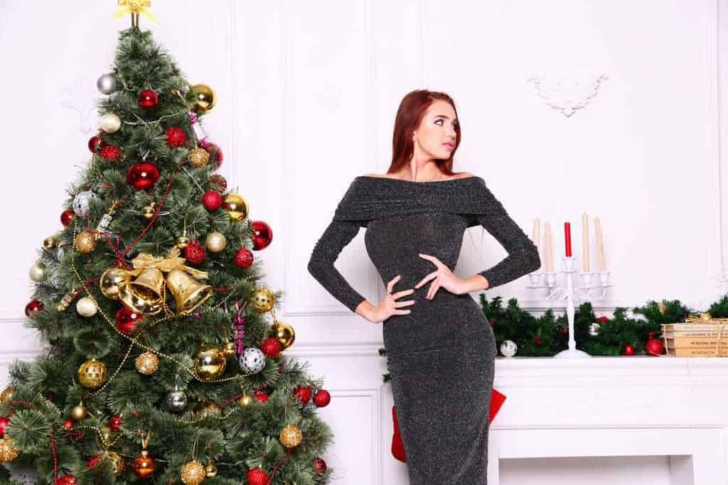 Model nera Christmas Tree